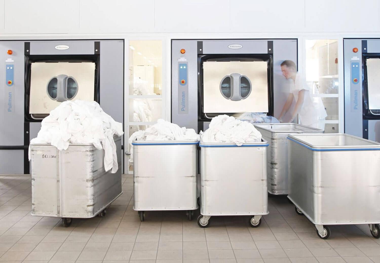 Бариерни перални машини - промишлена перална машина